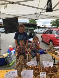 M and K at market